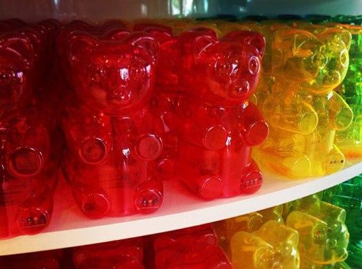 giant_gummy_bears_new
